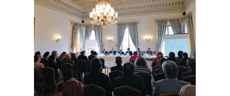 Mesleki ve teknik eğitim Üsküdar'da masaya yatırıldı